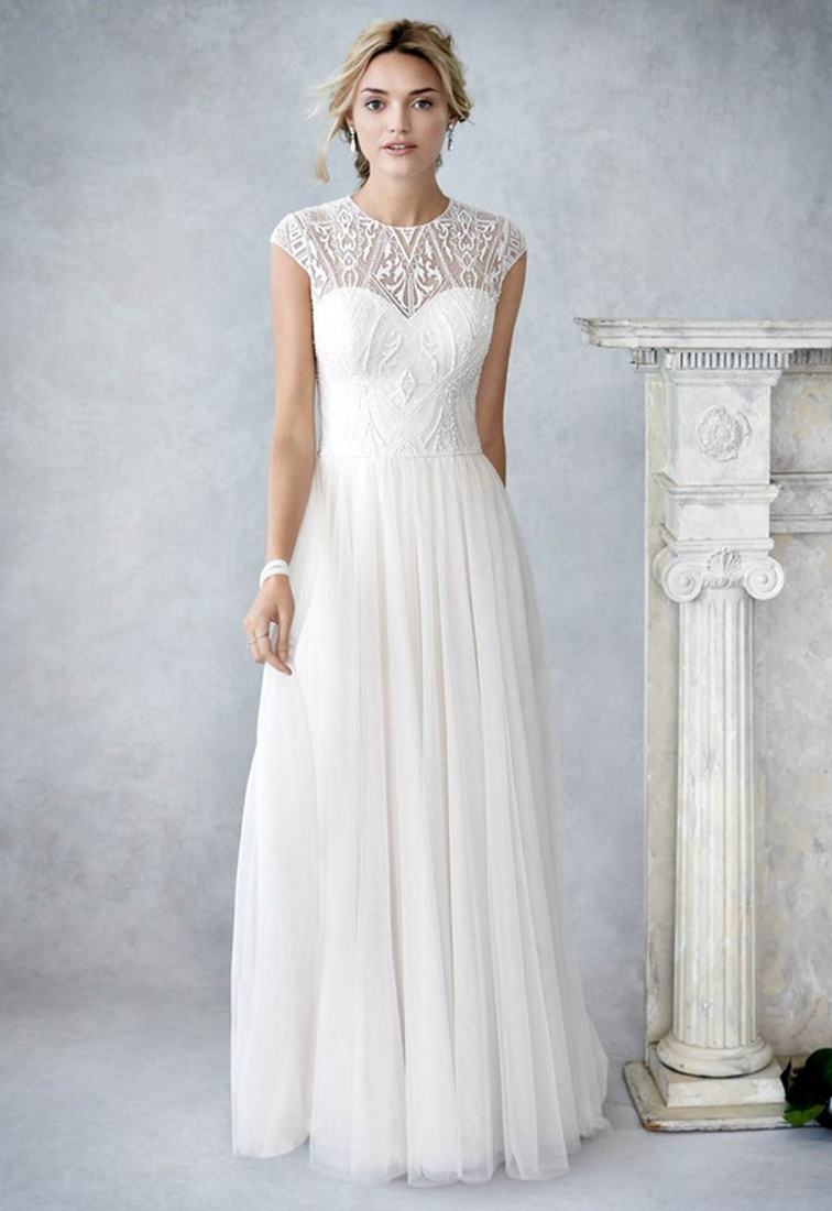 Brautkleid mit schmalem Tuellrock